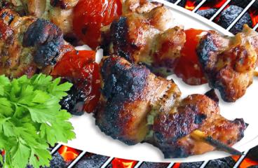 Frigărui de Porc la Grătar sau Cuptor în 8 Pași Simpli<span class=