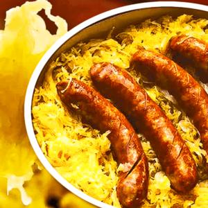 Cârnați la Cuptor cu Cartofi și Varză Murată (Mâncare de Varză cu Cârnați la Cuptor în 8 Pași)